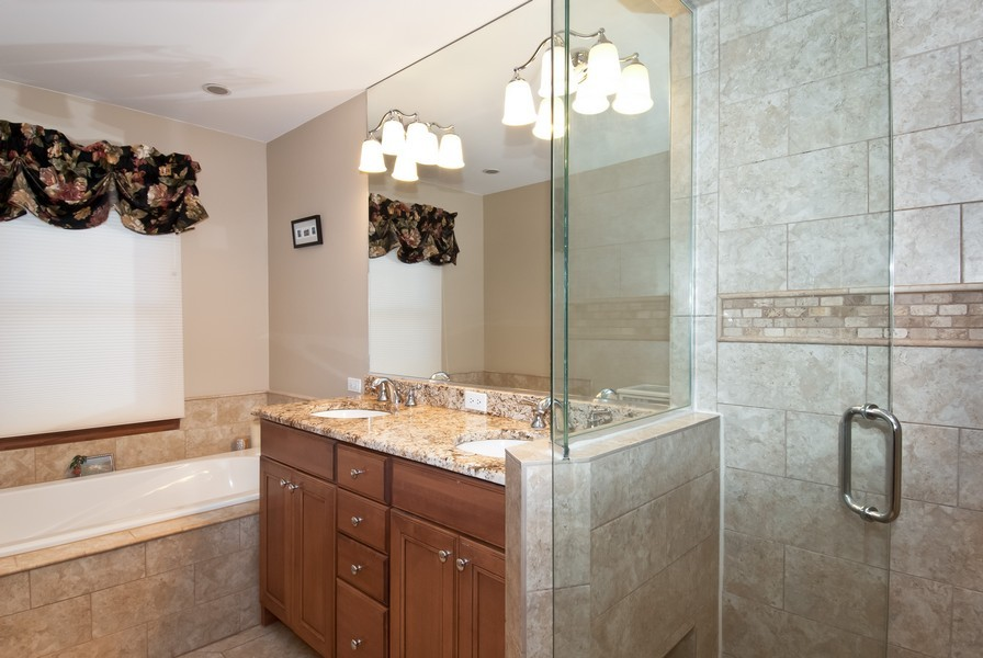 Real Estate Photography - 679 Bent Ridge LN, Barrington, IL, 60010 - Master Bathroom