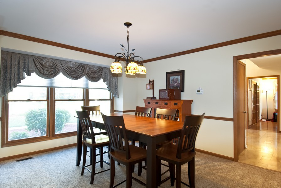 Real Estate Photography - 679 Bent Ridge LN, Barrington, IL, 60010 - Dining Room