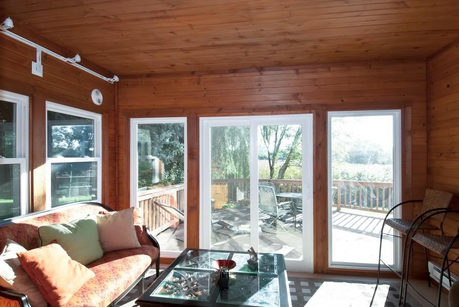Real Estate Photography - 679 Bent Ridge LN, Barrington, IL, 60010 - Porch