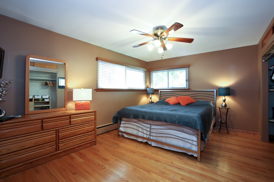 Real Estate Photography - 431 Bunning Dr, Downers Grove, IL, 60516 - Master Bedroom