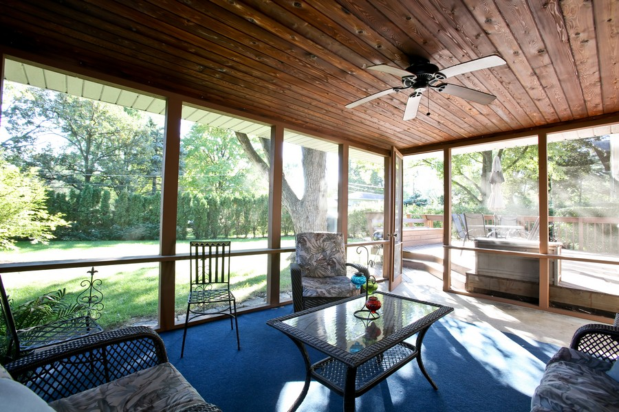 Real Estate Photography - 431 Bunning Dr, Downers Grove, IL, 60516 - Sun Room