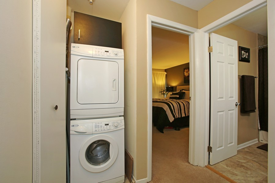 Real Estate Photography - 5907 Meadow Dr, Lisle, IL, 60532 - Laundry Room