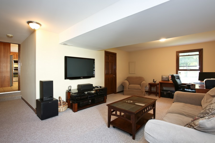 Real Estate Photography - 3940 West End Road, Downers Grove, IL, 60515 - Lower Level