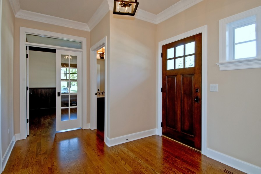 Real Estate Photography - 943 North Main St, Naperville, IL, 60563 - Entryway