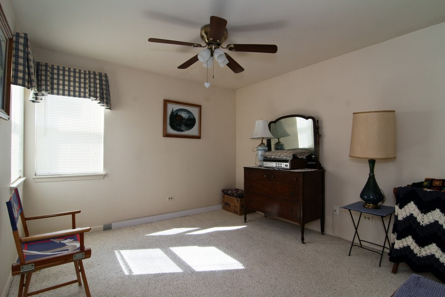 Real Estate Photography - 7815 Darien Lake Dr, Darien, IL, 60561 - 2nd Bedroom