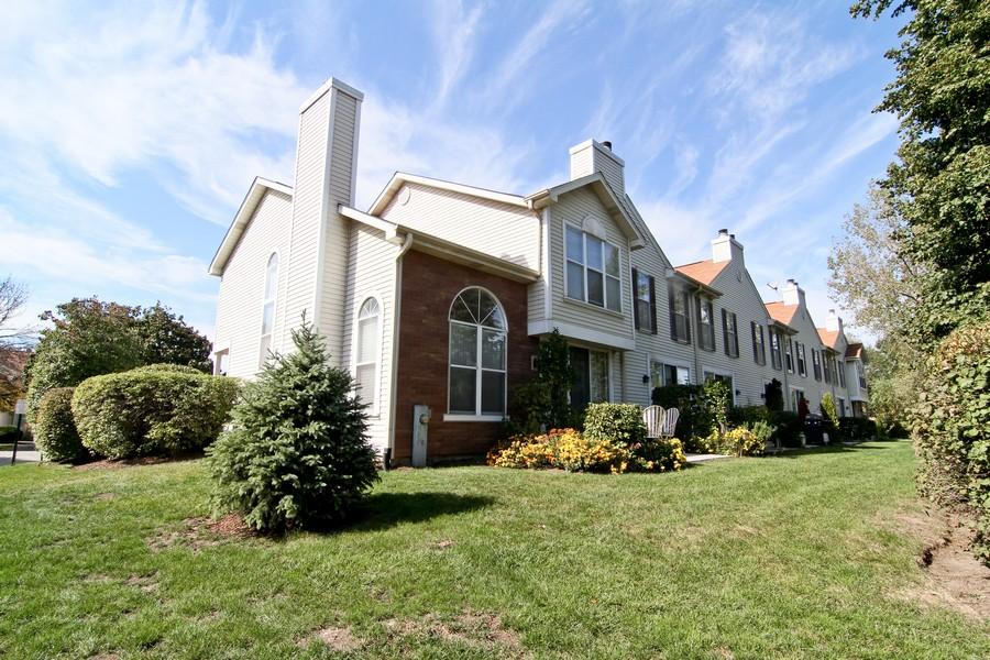 Real Estate Photography - 7815 Darien Lake Dr, Darien, IL, 60561 - Rear View