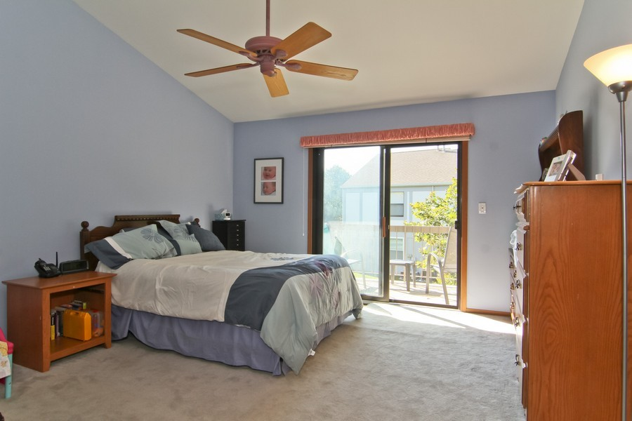 Real Estate Photography - 7330 Canterbury Pl, Downers Grove, IL, 60516 - Master Bedroom