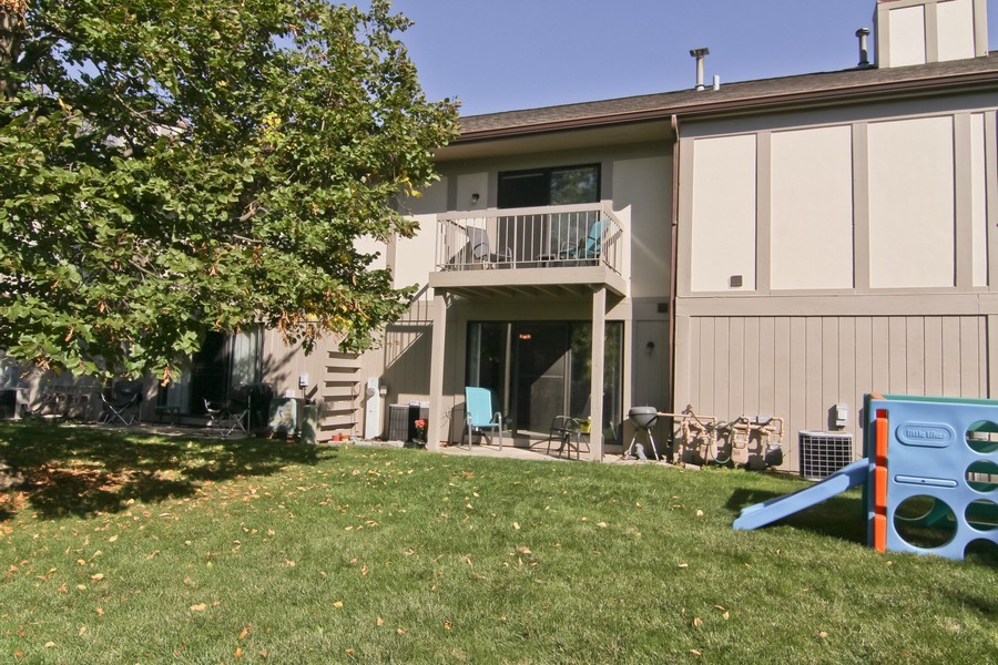 Real Estate Photography - 7330 Canterbury Pl, Downers Grove, IL, 60516 - Rear View