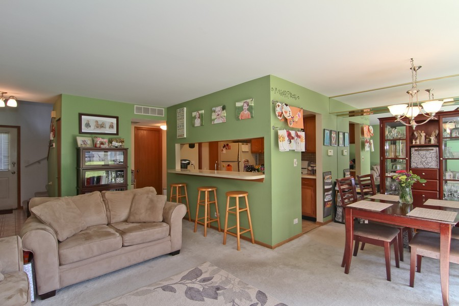 Real Estate Photography - 7330 Canterbury Pl, Downers Grove, IL, 60516 - Living Room / Dining Room