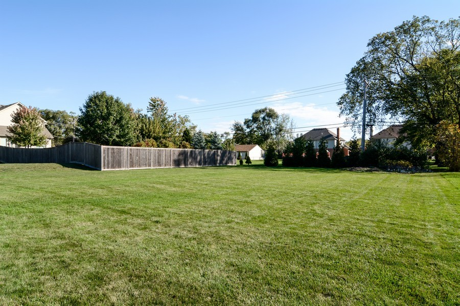 Real Estate Photography - 831 South Chatham Ave, Addison, IL, 60101 - Back Yard