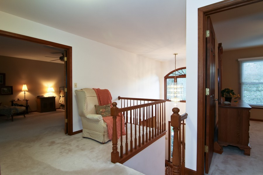 Real Estate Photography - 1016 Buckingham Dr, Naperville, IL, 60563 - 2nd Floor Corridor