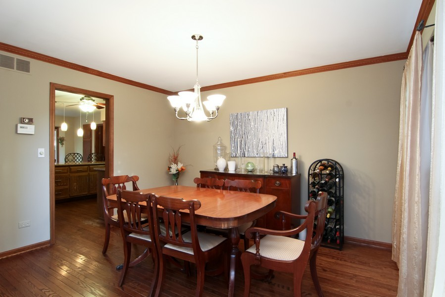 Real Estate Photography - 1016 Buckingham Dr, Naperville, IL, 60563 - Dining Room