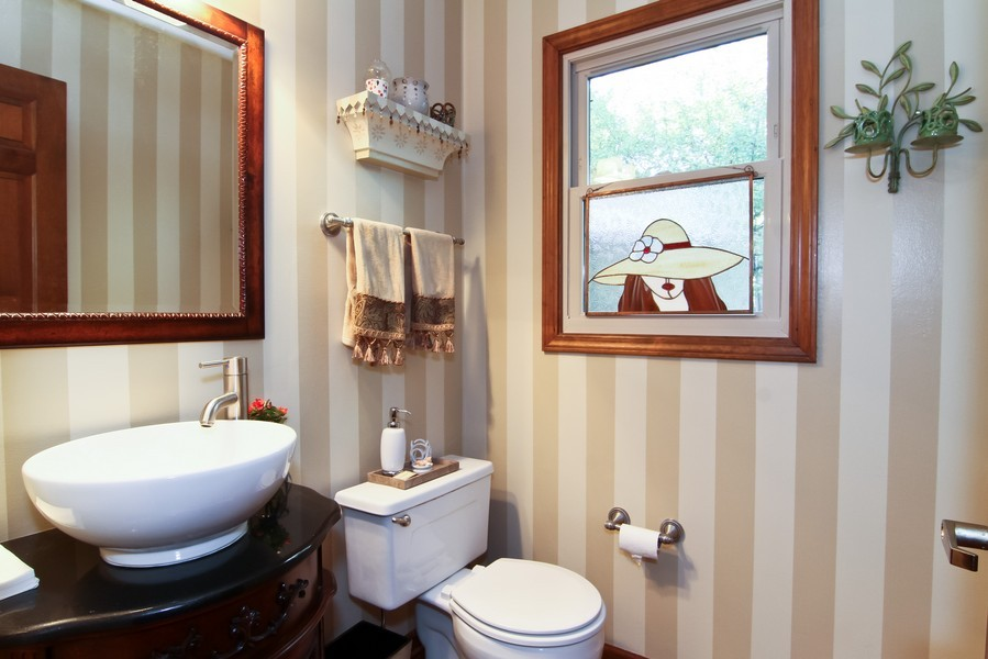 Real Estate Photography - 1016 Buckingham Dr, Naperville, IL, 60563 - Bathroom