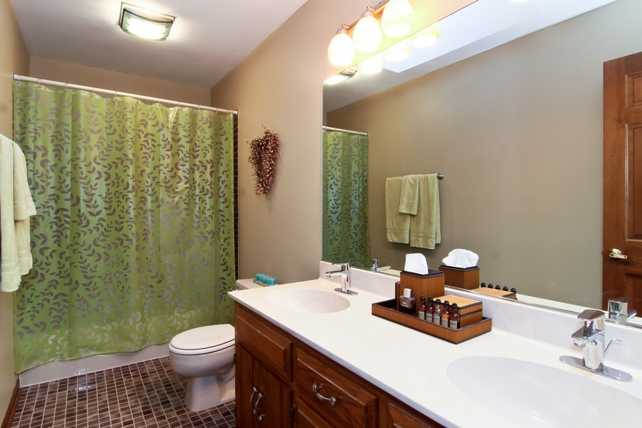 Real Estate Photography - 1016 Buckingham Dr, Naperville, IL, 60563 - 2nd Bathroom