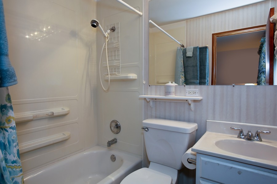 Real Estate Photography - 7721 Warwick Ave, Darien, IL, 60561 - Master Bathroom