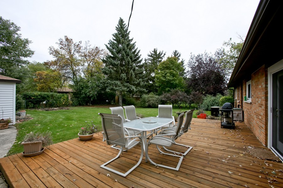 Real Estate Photography - 7721 Warwick Ave, Darien, IL, 60561 - Patio