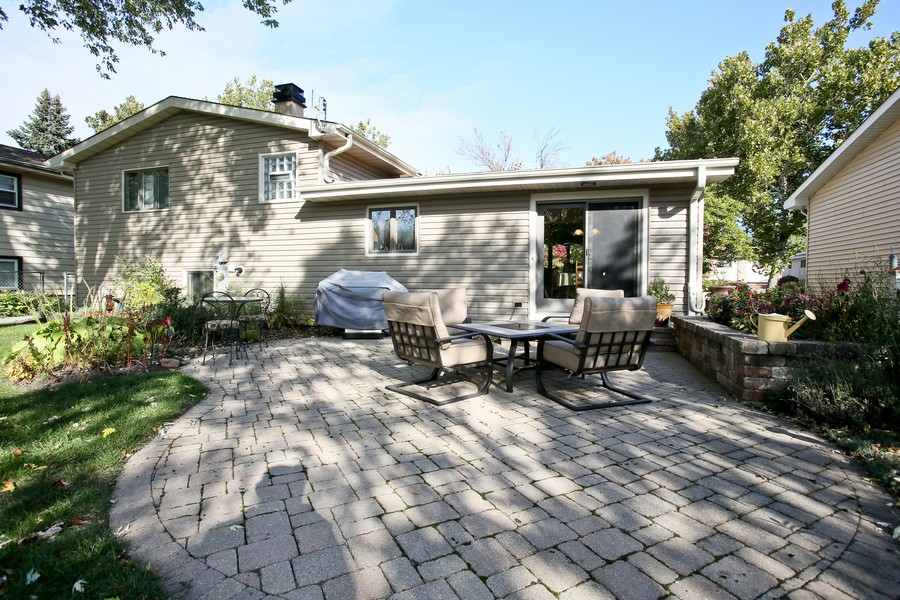 Real Estate Photography - 621 Magnolia Ct, Lombard, IL, 60148 - Rear View
