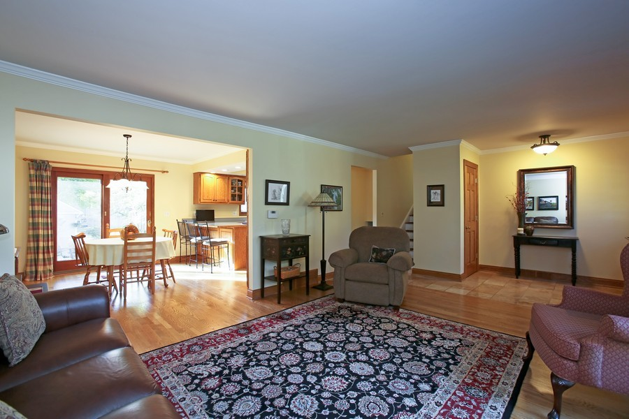 Real Estate Photography - 621 Magnolia Ct, Lombard, IL, 60148 - Living Room / Dining Room