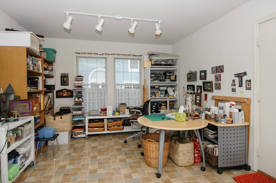 Real Estate Photography - 457 Park Barrington Dr, Barrington, IL, 60010 - Study