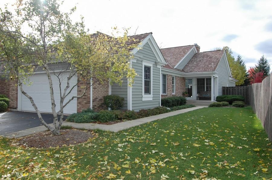 Real Estate Photography - 457 Park Barrington Dr, Barrington, IL, 60010 - Front View