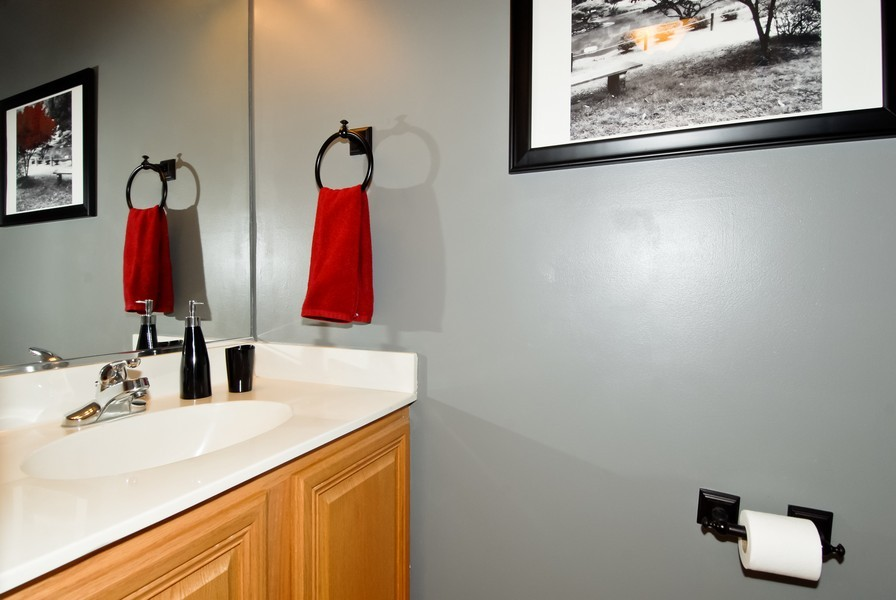 Real Estate Photography - 3106 Reflection Dr, Naperville, IL, 60564 - Bathroom