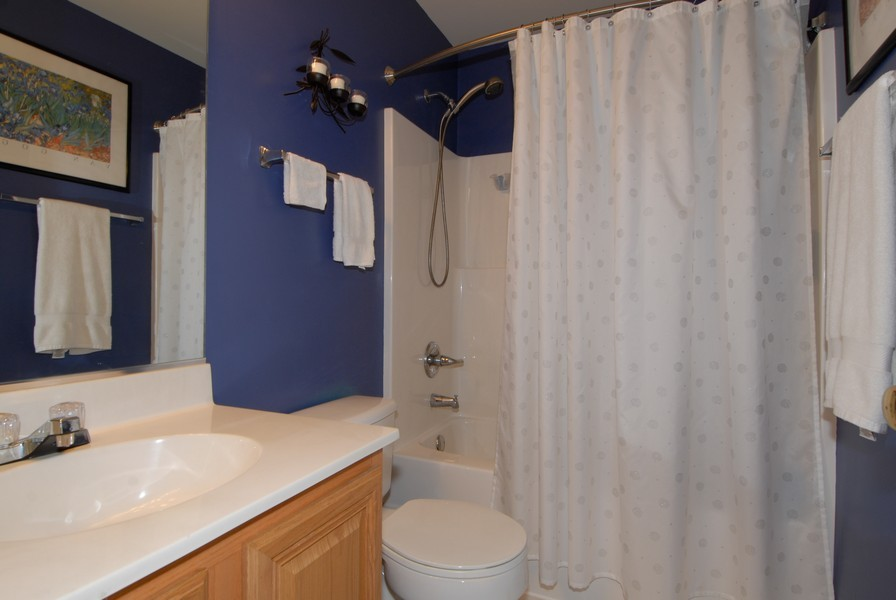 Real Estate Photography - 3106 Reflection Dr, Naperville, IL, 60564 - 2nd Bathroom