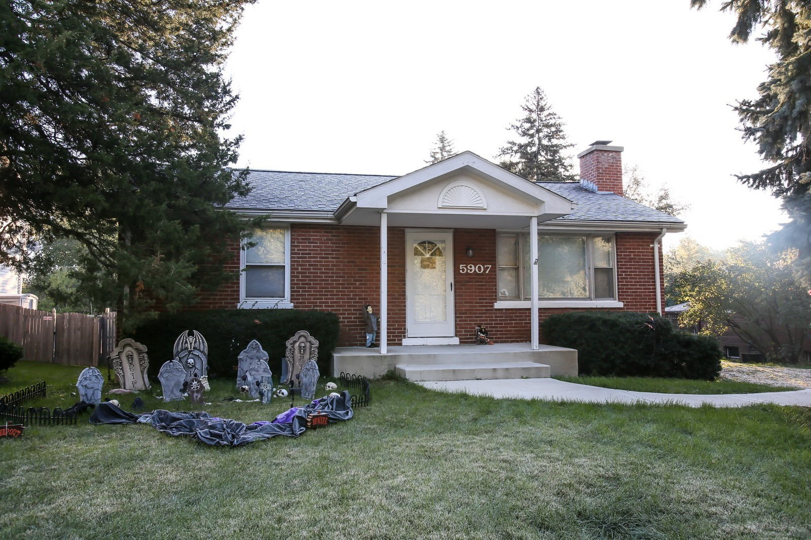 Real Estate Photography - 5907 Springside Ave, Downers Grove, IL, 60515 - Front View