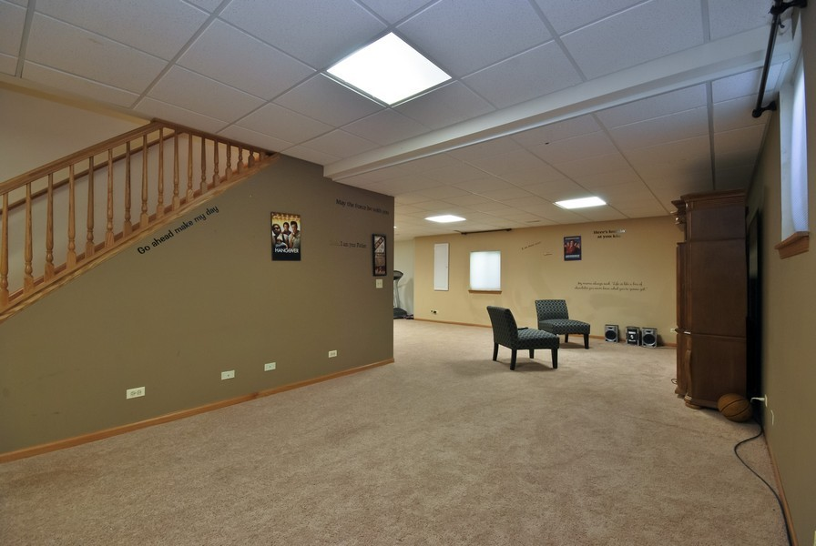 Real Estate Photography - 724 Mayfair Dr, Carol Stream, IL, 60188 - Basement