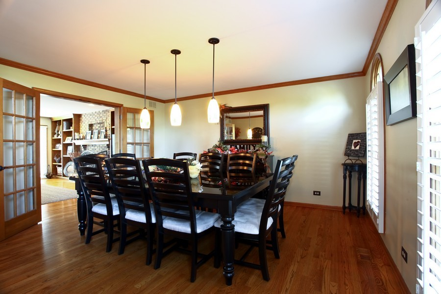 Real Estate Photography - 1508 Meadowland Dr, Naperville, IL, 60540 - Dining Room