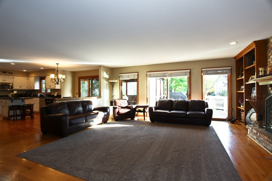 Real Estate Photography - 1508 Meadowland Dr, Naperville, IL, 60540 - Family Room