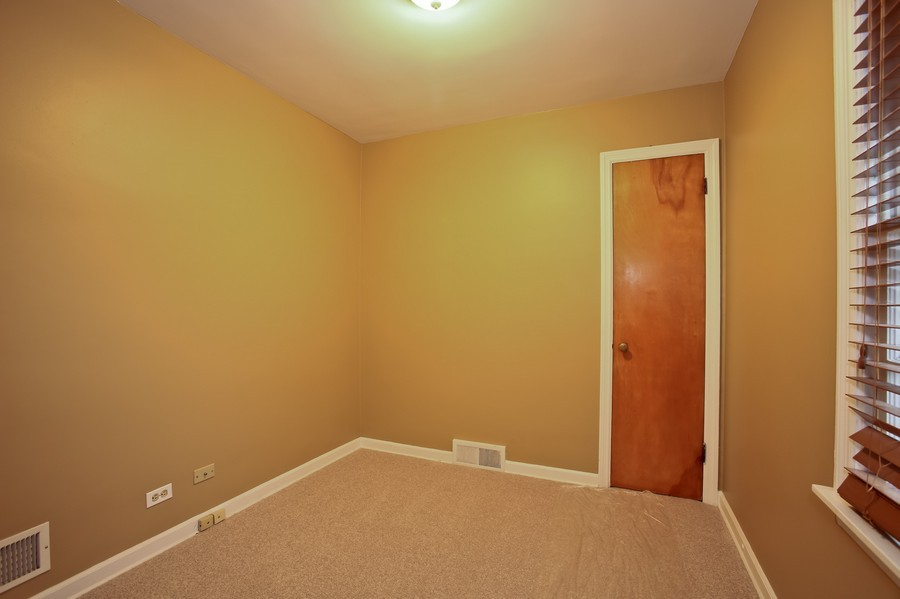 Real Estate Photography - 5621 Plymouth, Downers Grove, IL, 60516 - 3rd Bedroom