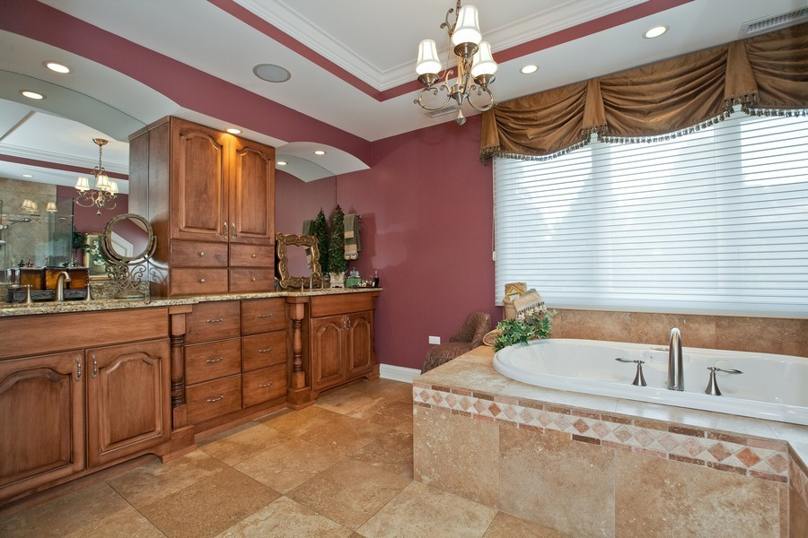 Real Estate Photography - 15 Shelburne Dr, Oak Brook, IL, 60523 - Master Bathroom