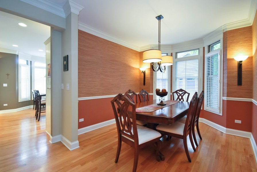 Real Estate Photography - 925 Oak Crest Ln, St. Charles, IL, 60175 - Dining Room