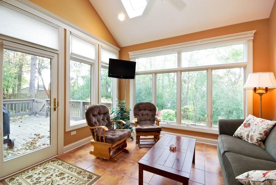 Real Estate Photography - 925 Oak Crest Ln, St. Charles, IL, 60175 - Sun Room