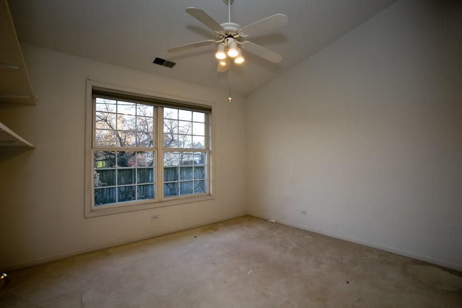 Real Estate Photography - 1905 Redondo Ct, Darien, IL, 60561 - Bedroom