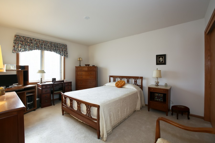 Real Estate Photography - 100 N Gary Ave, Unit 409, Wheaton, IL, 60187 - Bedroom 2