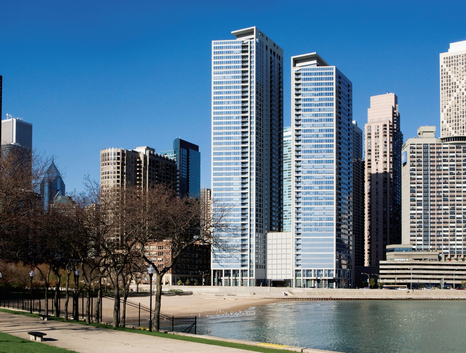 lakeside chicagos lakeshore drive - HD 1600×1213