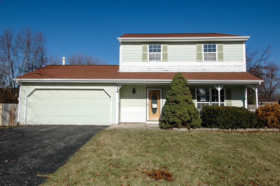 Real Estate Photography - 934 Concord Dr, Island Lake, IL, 60042 - Front View