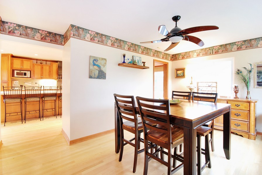 Real Estate Photography - 180 Geneva Rd, Glen Ellyn, IL, 60137 - Dining Room