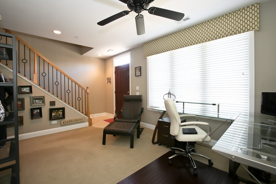 Real Estate Photography - 922 Warren Ave, 202, Downers Grove, IL, 60515 - Den