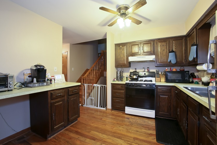 Real Estate Photography - 4944 Western Ave, Downers Grove, IL, 60515 - Kitchen
