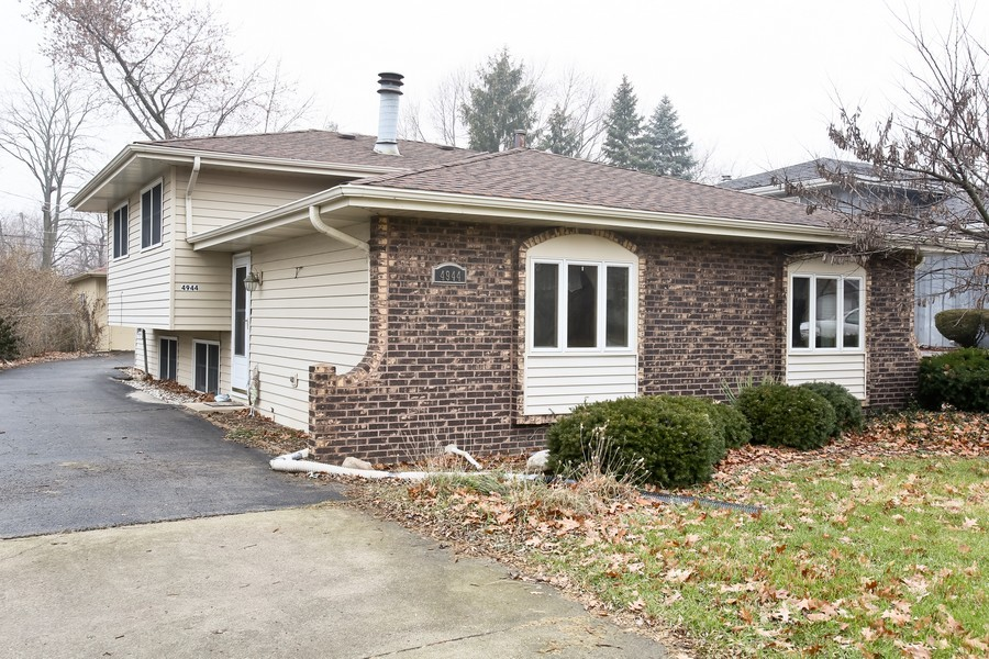 Real Estate Photography - 4944 Western Ave, Downers Grove, IL, 60515 - Front View