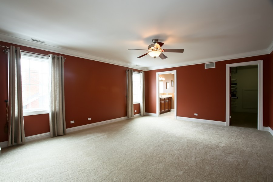 Real Estate Photography - 4712 Seeley AVE, Downers Grove, IL, 60515 - Master Bedroom