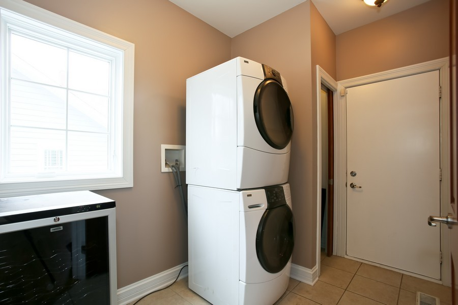 Real Estate Photography - 4712 Seeley AVE, Downers Grove, IL, 60515 - Laundry/Mud Room