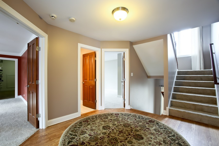 Real Estate Photography - 4712 Seeley AVE, Downers Grove, IL, 60515 - Hallway