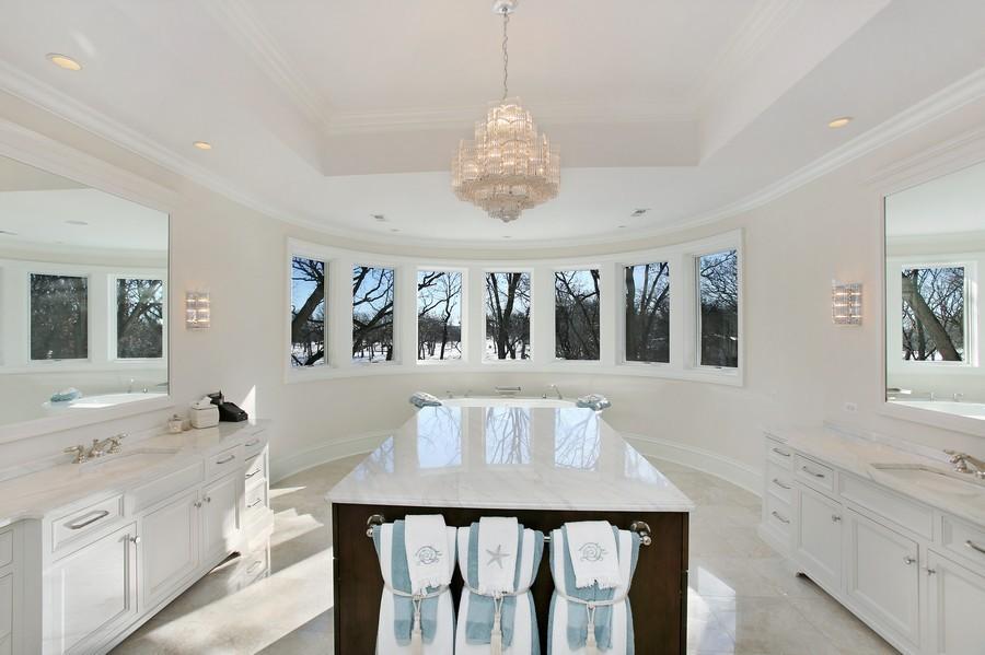 Real Estate Photography - 19 Baybrook Ln, Oak Brook, IL, 60523 - Master Bathroom