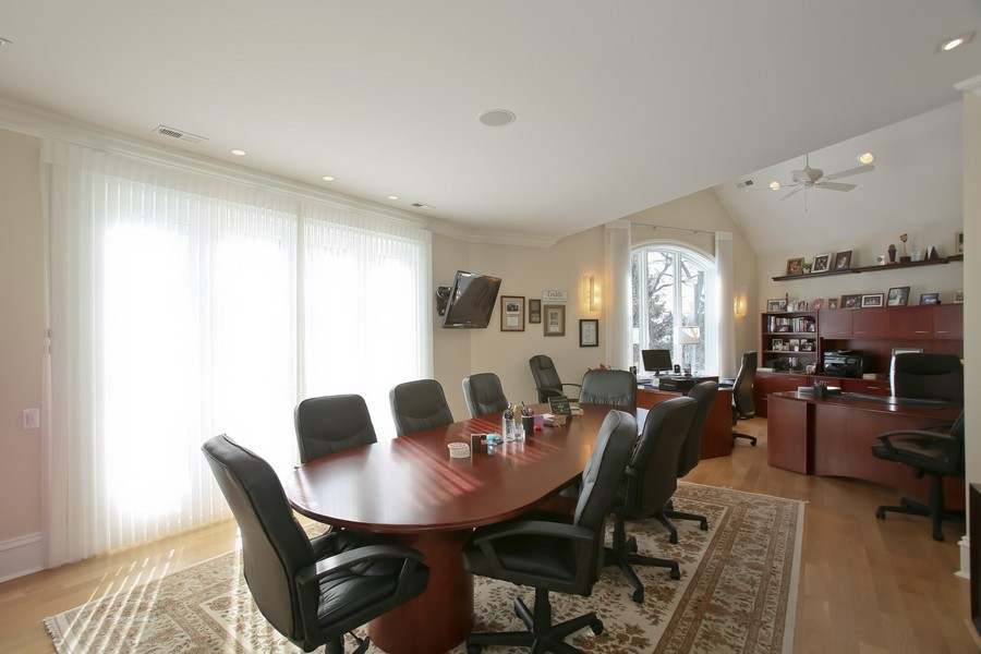 Real Estate Photography - 19 Baybrook Ln, Oak Brook, IL, 60523 - Second Floor Office
