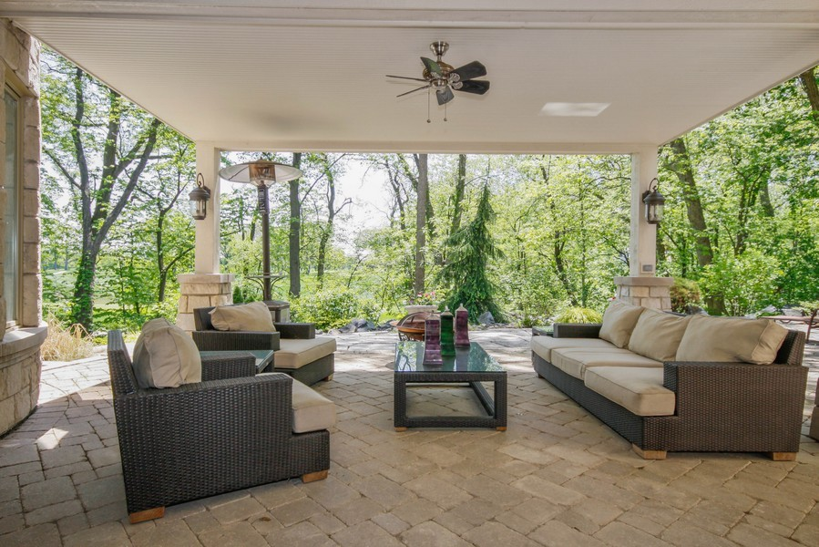 Real Estate Photography - 19 Baybrook Ln, Oak Brook, IL, 60523 - Lower Walkout Paver Patio