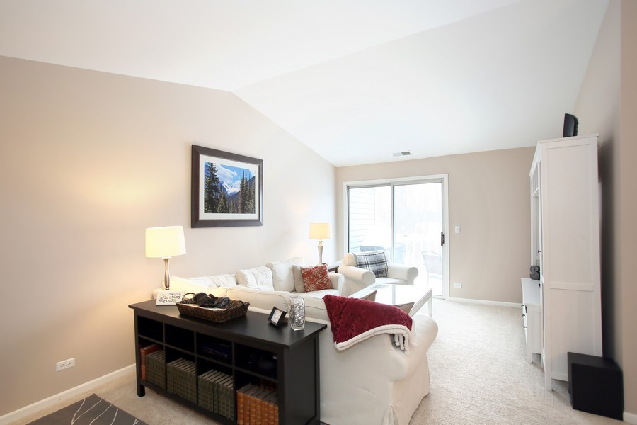 Real Estate Photography - 2247 Petworth Ct, 202D, Naperville, IL, 60565 - Living Room