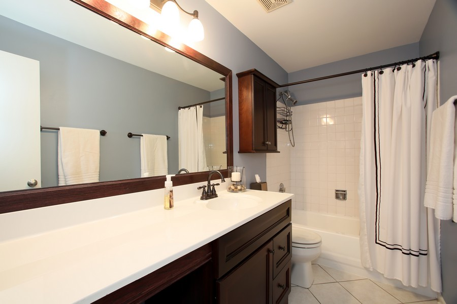 Real Estate Photography - 2247 Petworth Ct, 202D, Naperville, IL, 60565 - Master Bathroom